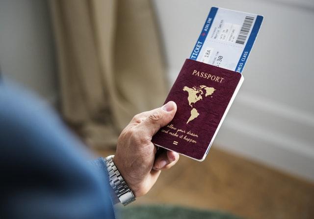 日本のパスポート最強ってよ