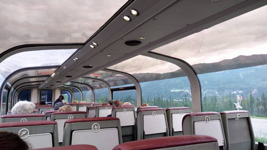 アラスカ鉄道でグリーン車乗ってみた